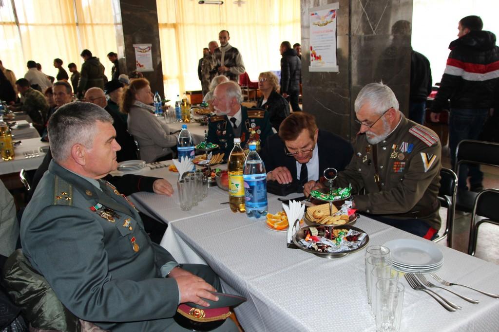 Встреча ветеранов и ополченцев