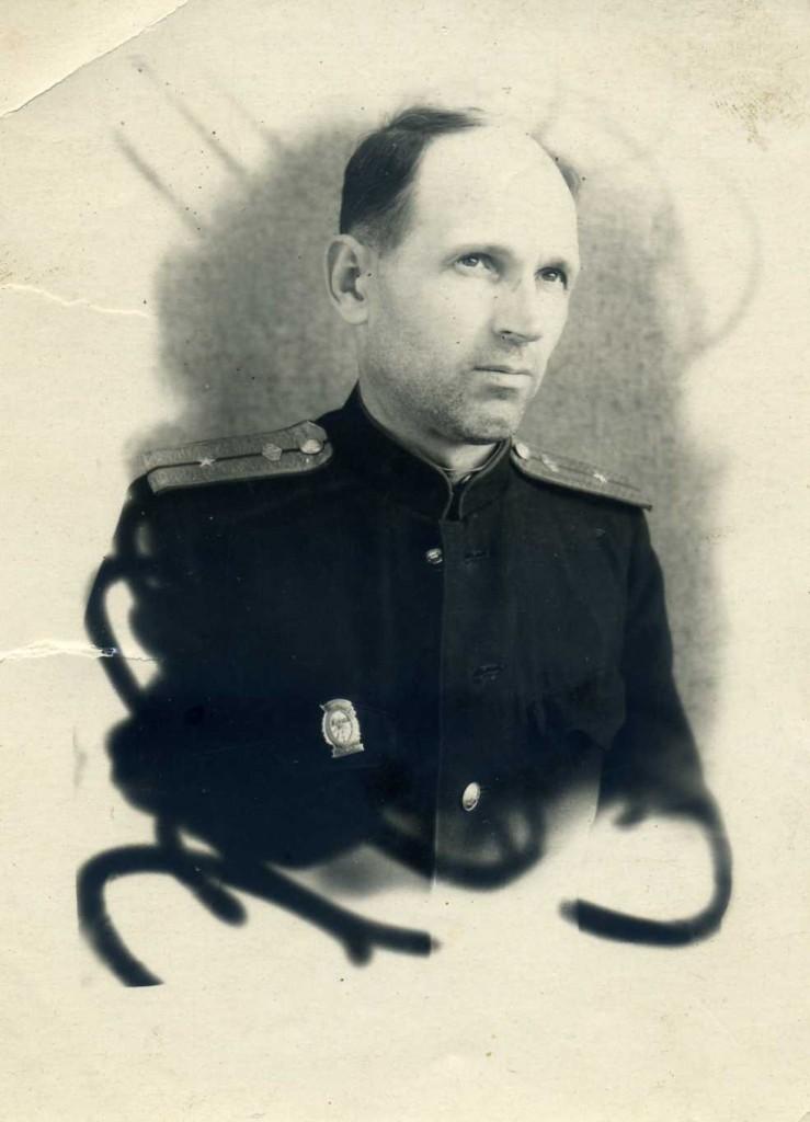 Начальник станции Тетерев Михаил Сильвестрович Герасименко (1947 год)