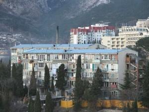 В Большой Ялте 12 общежитий вернут в муниципальную собственность