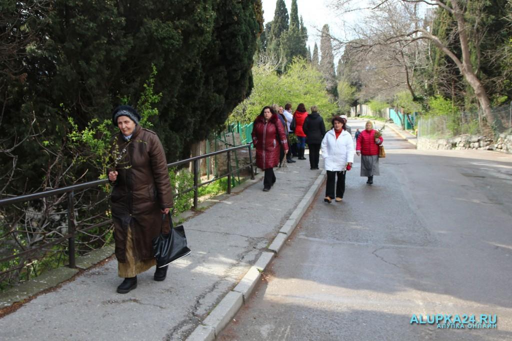 Вербное воскресенье в Алупке