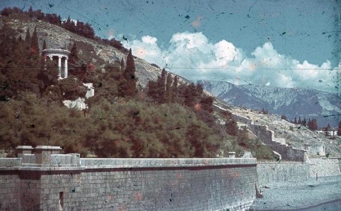 История Алупки в период Советской власти: Великая Отечественная война