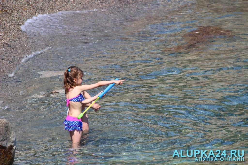Открытие пляжного сезона в Алупке 17 мая 2015 года