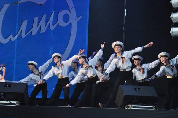 Праздничный концерт в честь открытия курортного сезона