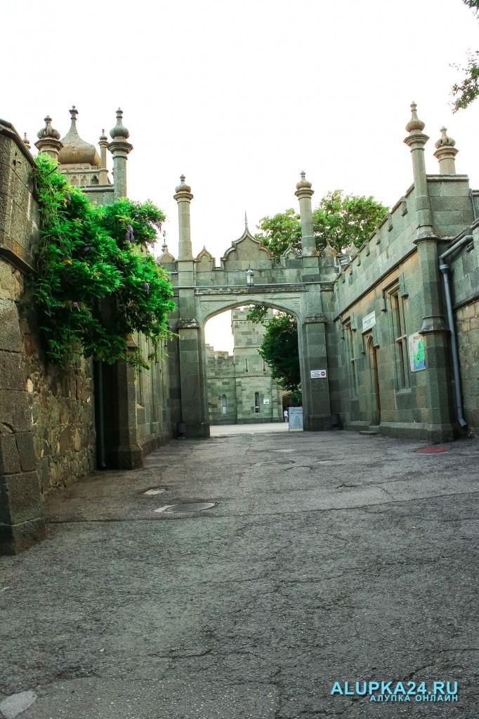 «8 чудес Алупки»: Воронцовский дворец 4