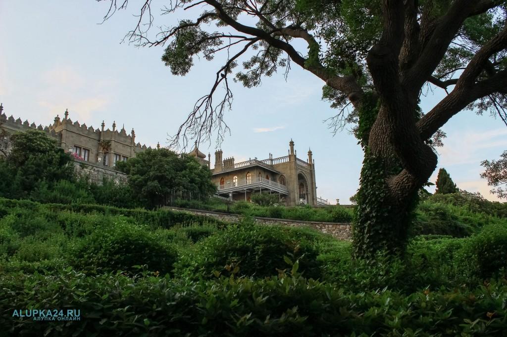 «8 чудес Алупки»: Воронцовский дворец 7