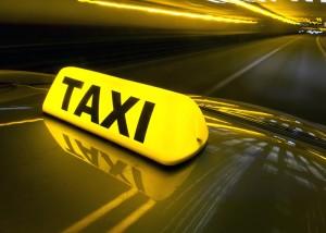 В Массандре пассажира такси осудили за вооружённое нападение на водителя