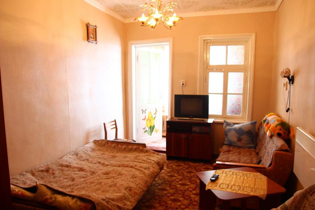 Отдых в Крыму: сдаётся квартира в Алупке без посредников