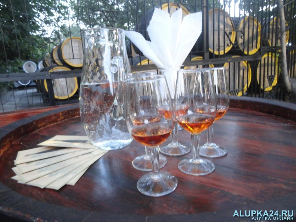 В Крыму начнут отмечать День виноградарства и виноделия