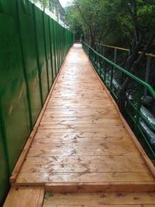 В Ливадии восстановили пешеходный мост