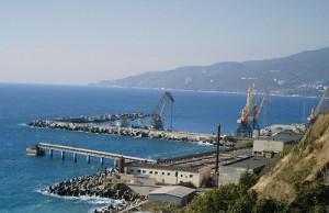 В Большой Ялте установили границу порта