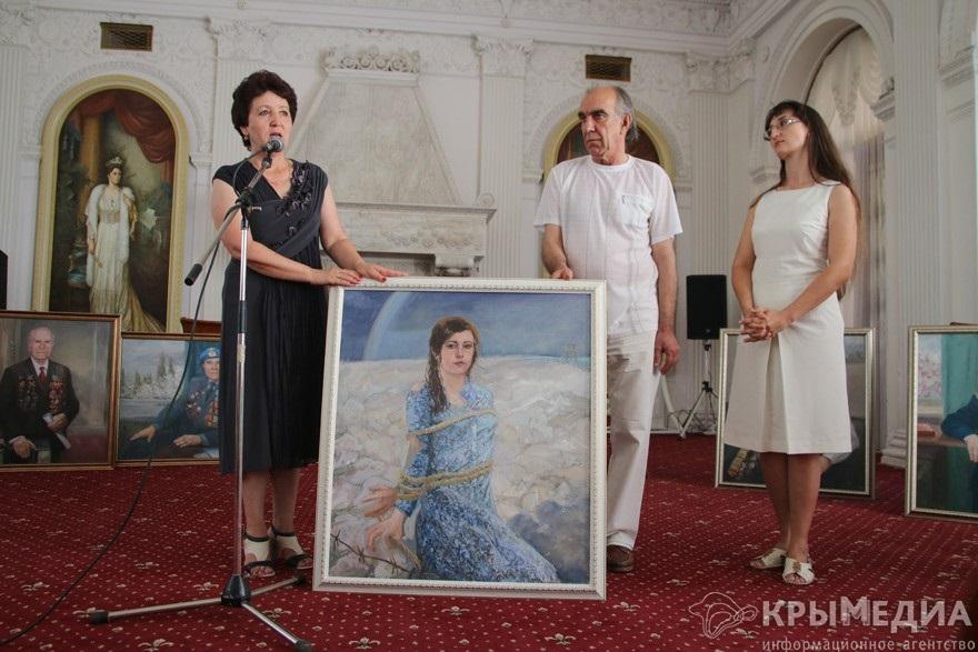 В Ливадии вручили именные портреты 2
