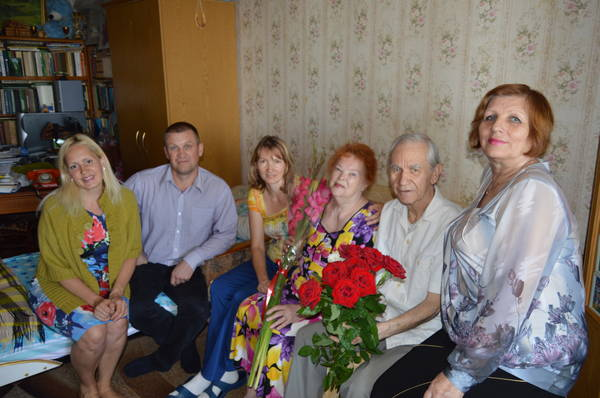 В Гаспре с золотой свадьбой поздравили семейную пару