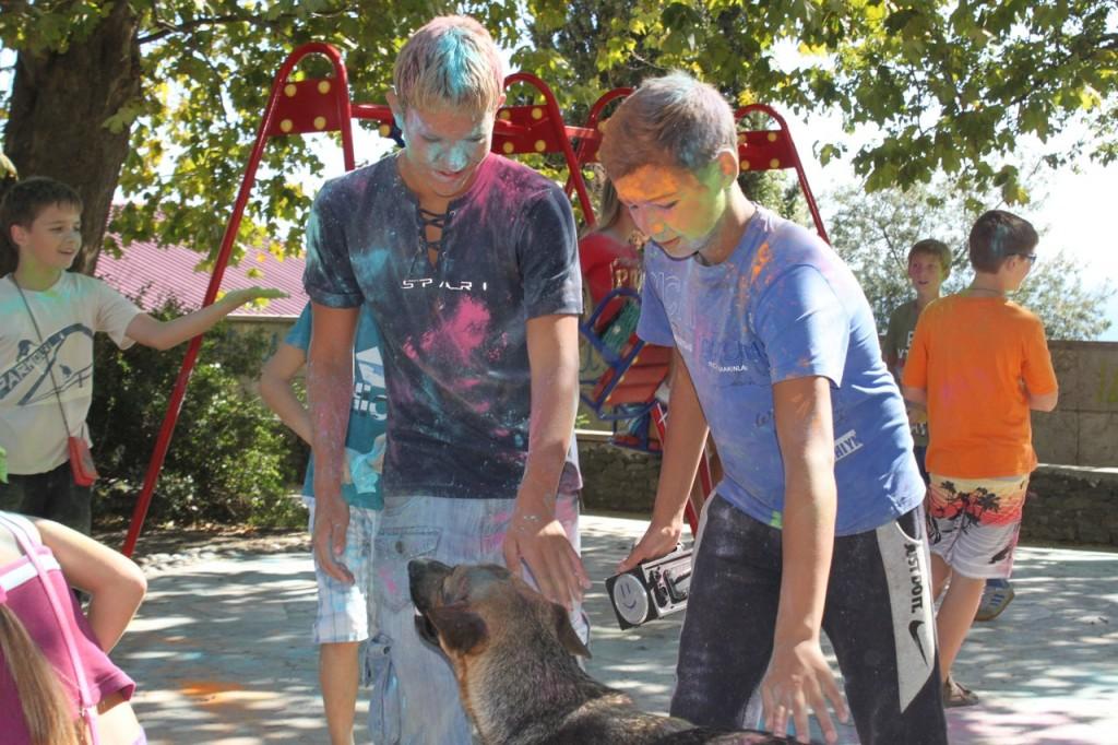 Фестиваль красок в Алупке