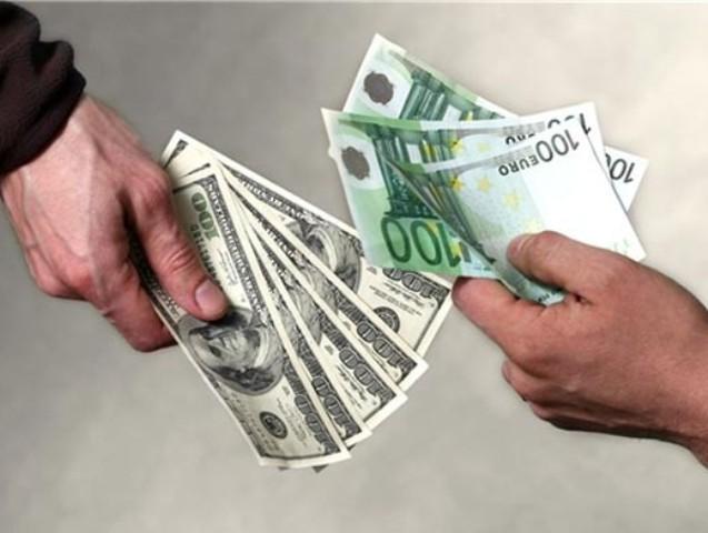 В Ялте пресекли работу незаконного пункта обмена валюты