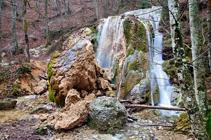 Обвалившийся водопад