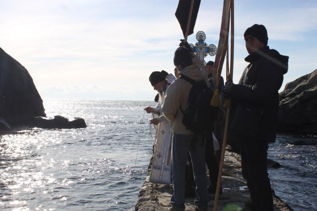 Крещение Господне в Алупке: В Алупке состоялся праздник Крещения