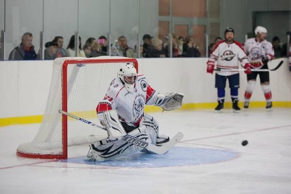 Матч Кубка Ялты по хоккею