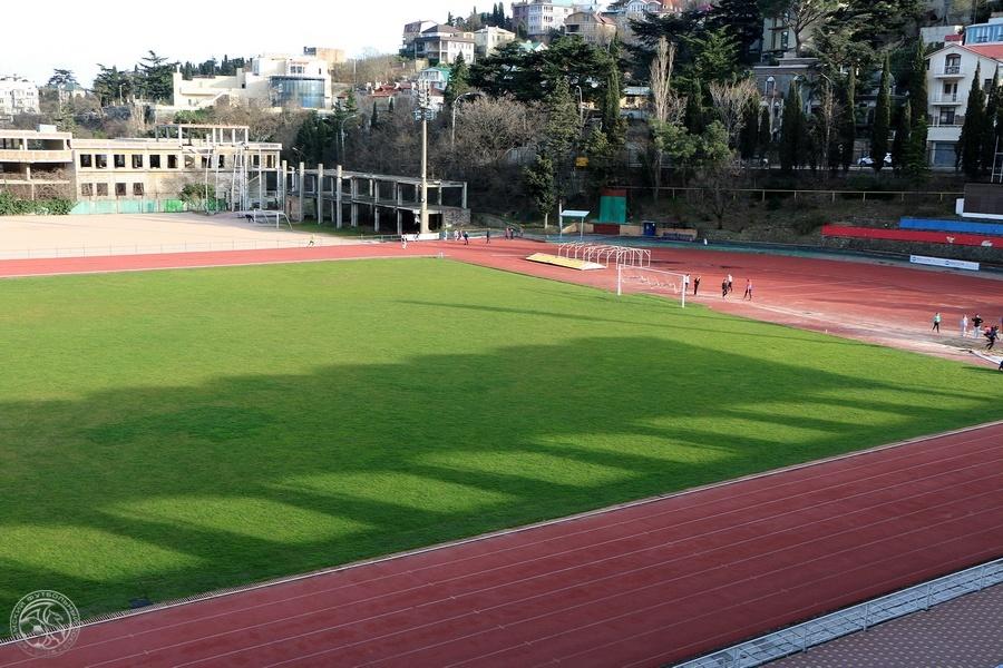Ялтинский ФК «Рубин» примет участие в матчах Премьер-Лиги Крыма по футболу