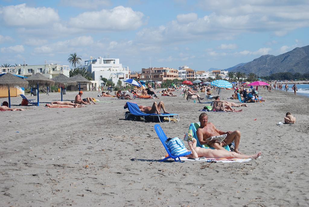Нудистские пляжи в Крыму