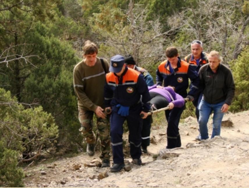 В Судаке спасли женщину из Ялты с переломом ноги