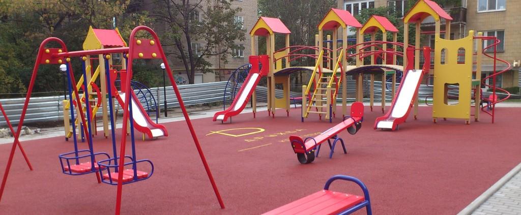 Обновление детских площадок в Большой Ялте обойдётся в 10 миллионов рублей