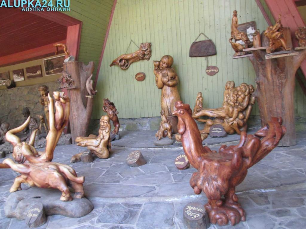 Экспонат Поляны сказок в Ялте 11