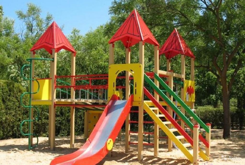 В Большой Ялте закупят 37 детских площадок