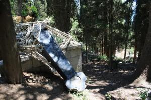 В Алупке починят памятник на могиле Александра Боброва
