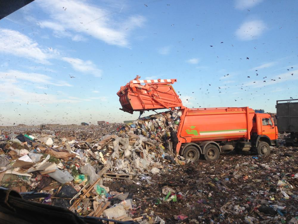 В Большой Ялте мусорят в два раза больше, чем прописано в договорах