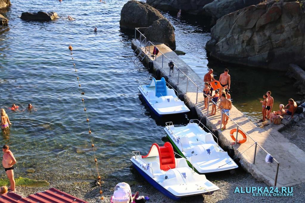 Алупка в разгар курортного сезона и модернизация детского пляжа 6