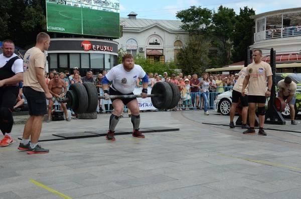 В Ялте состязались в силовом экстриме 5