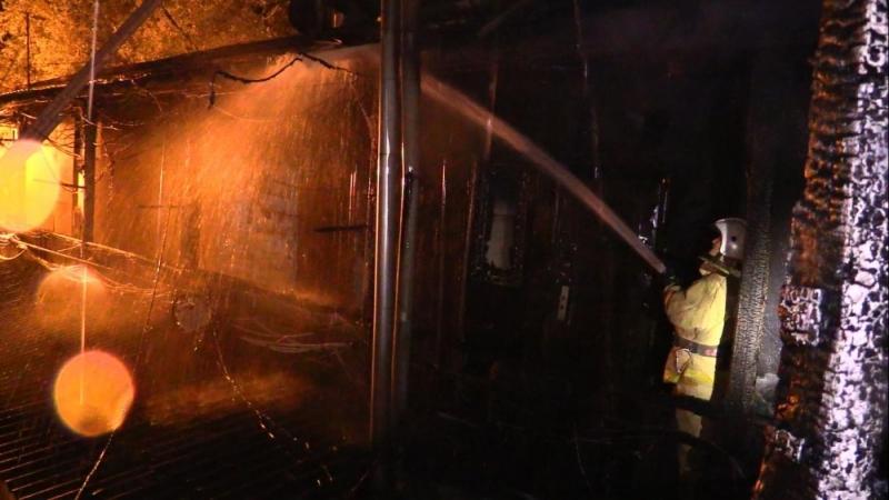 Пожар в Ялте лишил жилья более 30 человек 5