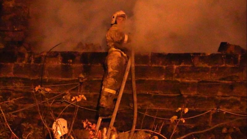 Пожар в Ялте лишил жилья более 30 человек 4