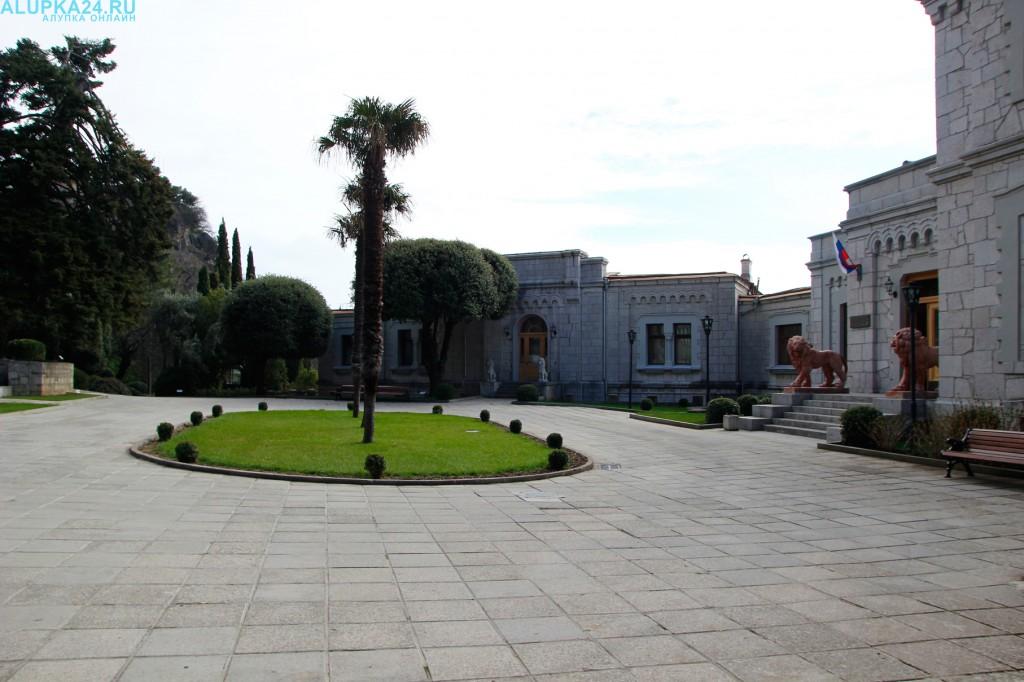 Отдых в Алупке: как добраться до Юсуповского дворца?