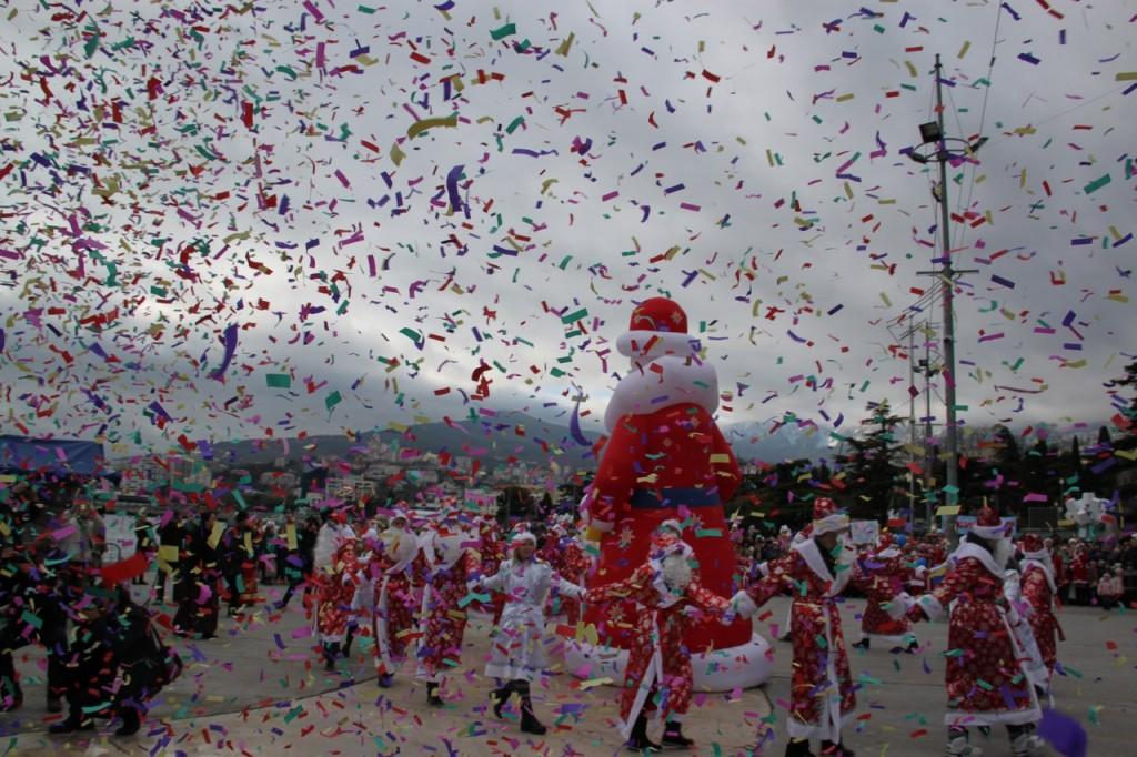 Мороз-парад в Ялте в 2016 году