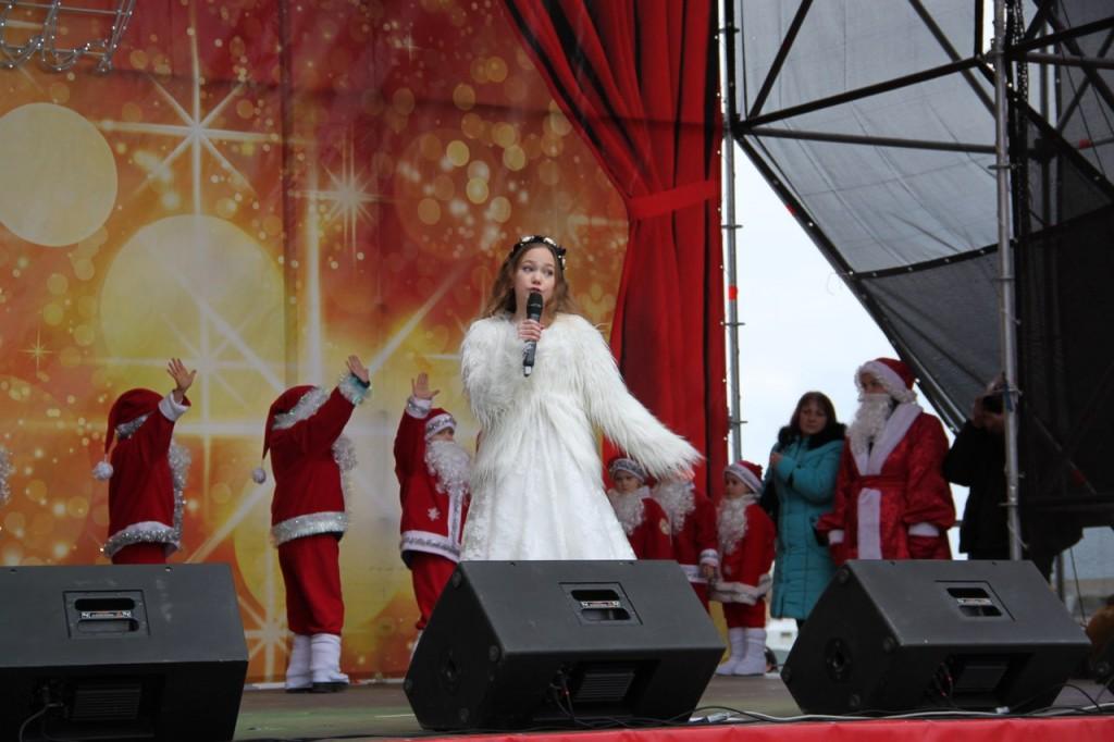 Седьмой ежегодный Мороз-парад в Ялте 2016  2