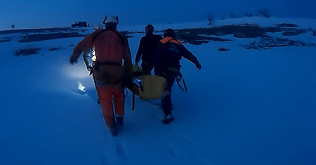 Ялтинца спасли из 15-метровой вертикальной пещеры 2