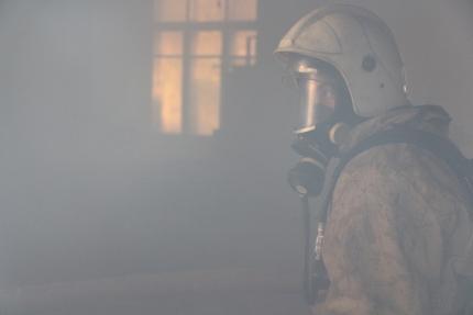 В Алупке на пожаре эвакуировали 15 человек