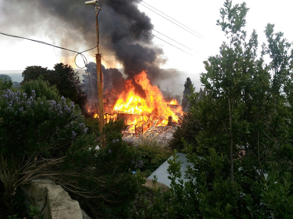 Пожар в Алупке 20.03.17 - 4