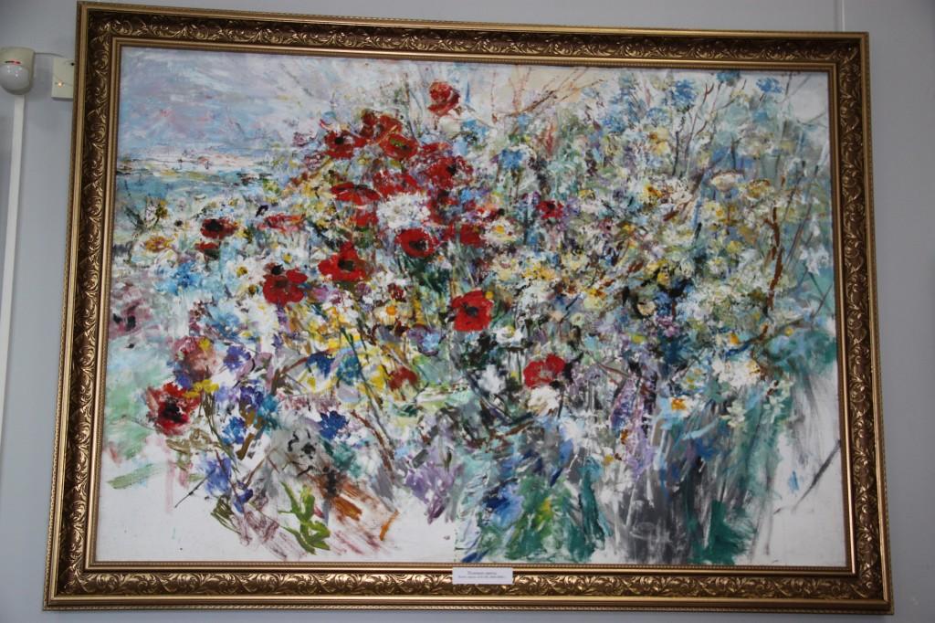 В Алупке состоялась выставка Валентины Цветковой
