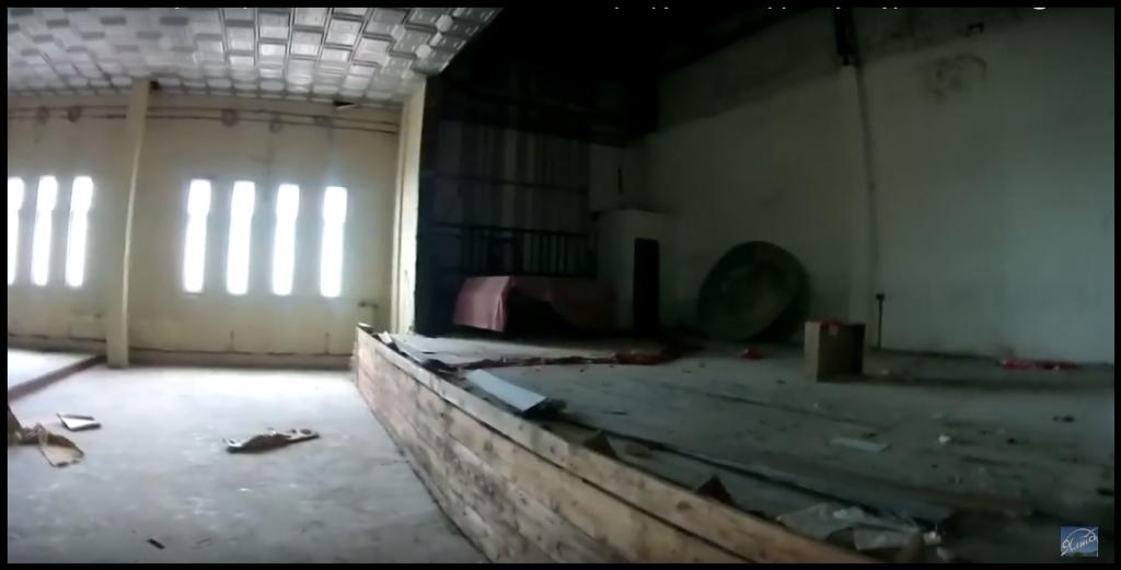 Алупкинские дети занимаются в полуразрушенном Доме культуры