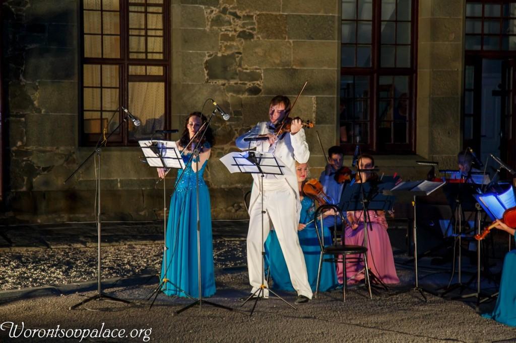 В Алупке состоялся концерт из цикла «Под сенью Воронцовского платана» 6