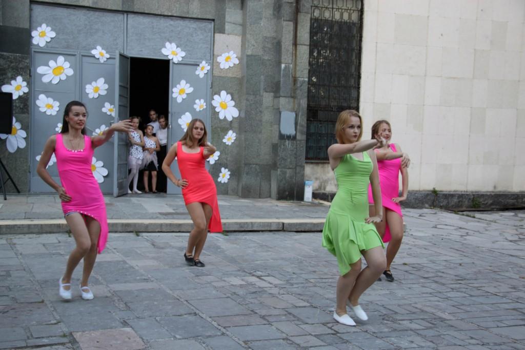 Фотоотчёт: В Алупке отметили День молодёжи 2