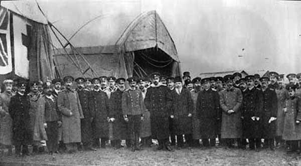 Открытие Севастопольской авиашколы. Ноябрь 1910 г. Источник фото: paraskif.com