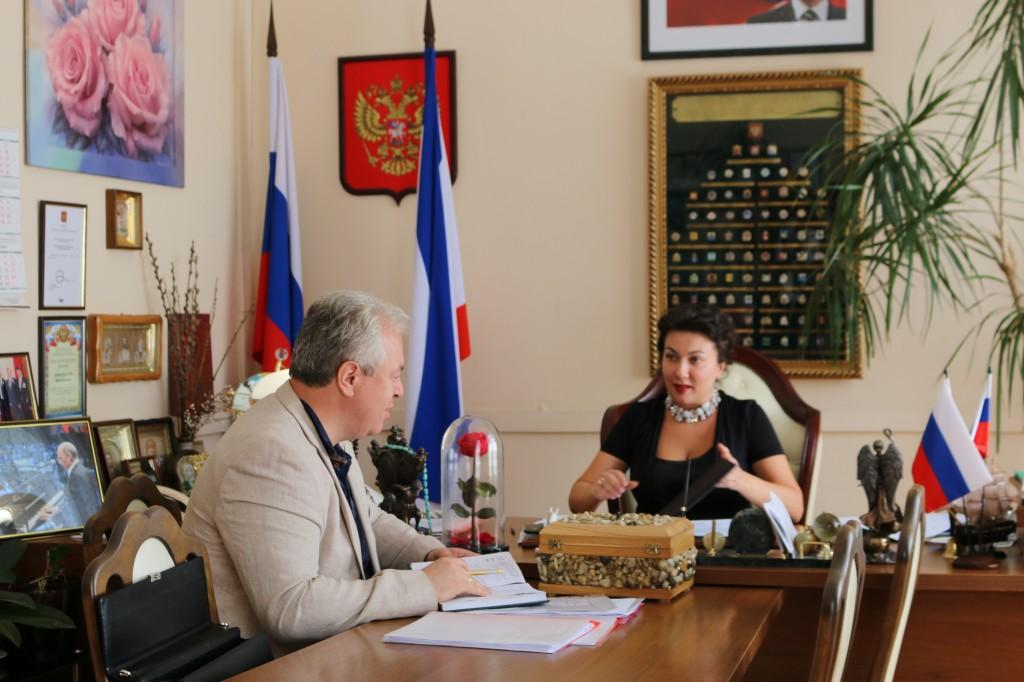 Министр Культуры Крыма встретилась с директором Воронцовского дворца