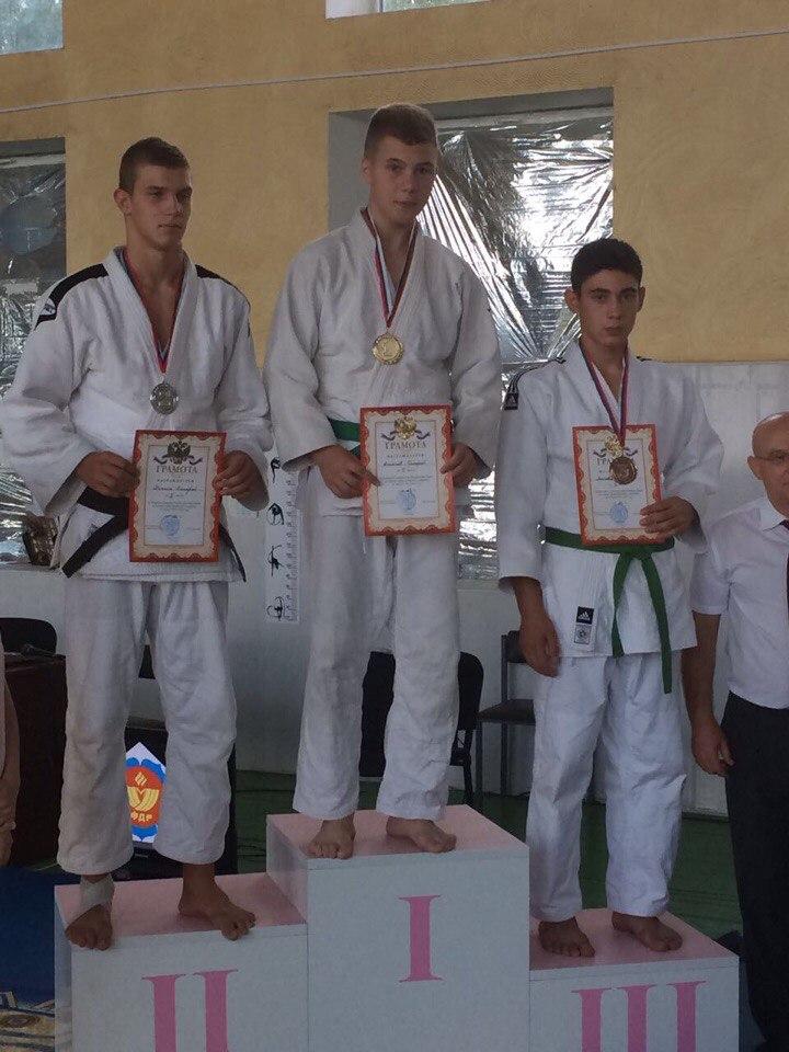 Алупкинские дзюдоисты заняли призовые места на Открытом первенстве Крыма 2