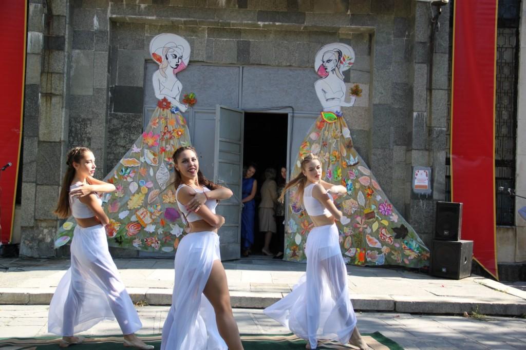 В Алупке провели первый танцевальный фестиваль «Ритмы осени» 6