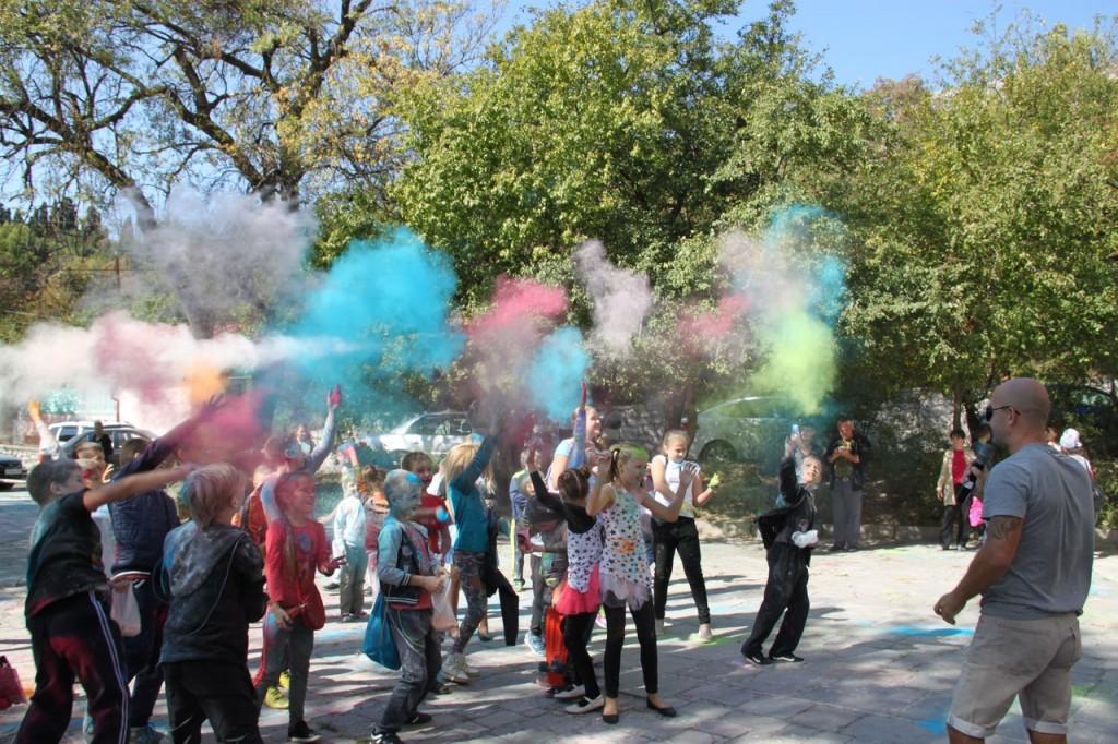 В Алупке провели первый танцевальный фестиваль «Ритмы осени» 11