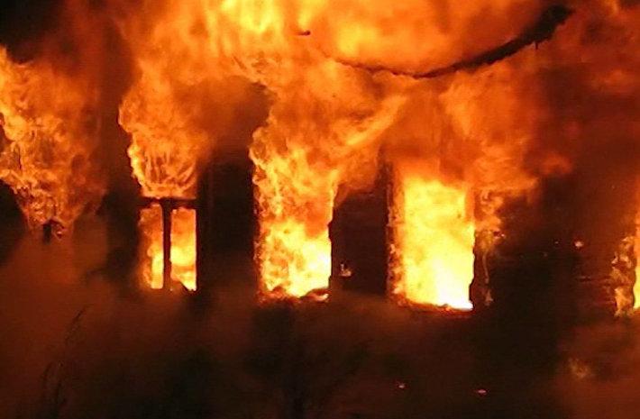 На пожаре в Ялте погибла женщина