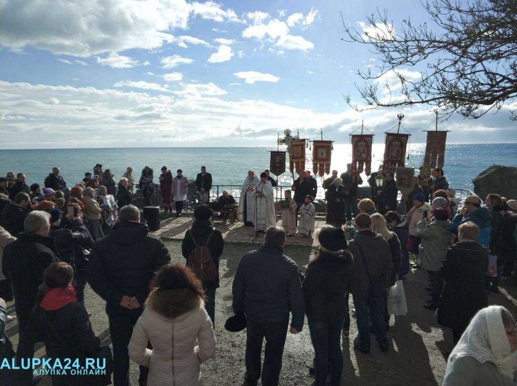 В Алупке отметили Крещение Господне 2018